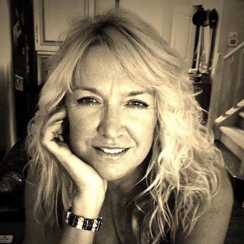 Elaine Mills